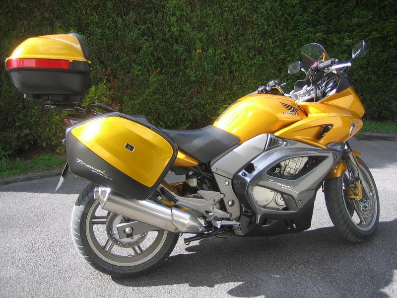 Honda honda cbf 1000 abs travel edition occasione il parking moto.